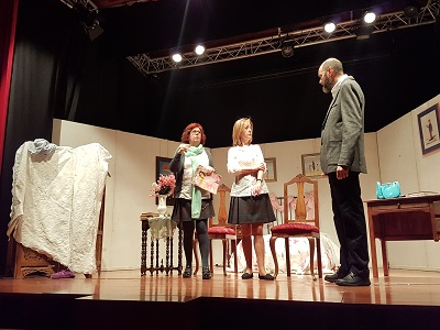 Gala día mundial de las enfermedades raras representación de la obra de teatro La importancia de no llamarse Mimí